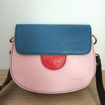 Bolso piel rosa y azul